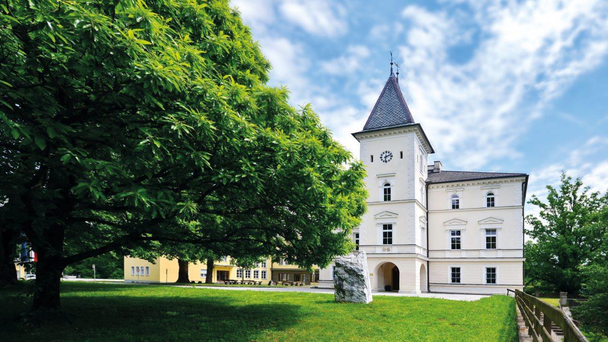 Bildungshaus Schloss Krastowitz - Außenansicht