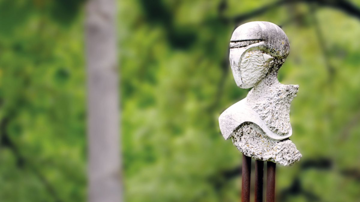 Krastowitz Skulptur/Büste aussen